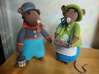 Deze week heb ik 2 Dickens muizen gehaakt, Beth met haar dienblad met koekjes en Samuel met de lantaarn. Het ontwerp is van Antoinette en ...