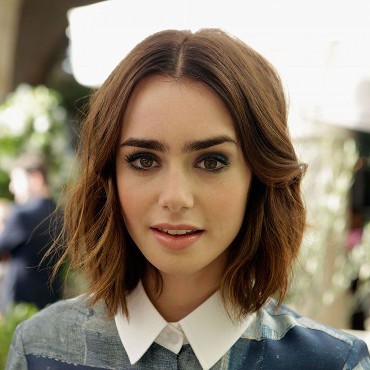 32 Middle Part Wavy Short Hairstyles The Middle Part Help Divide Hair To Both Sides Which Is A Lily Collins Short Hair Thick Hair Styles Medium Hair Styles