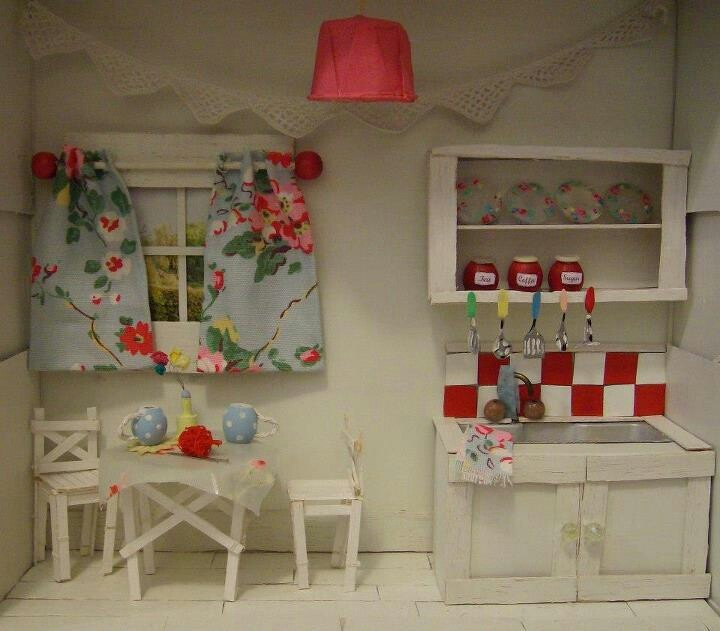 Found On Cath Kidston S Fb Page In Her Dream Room In A: 2292 Best Images About DOLLHOUSES On Pinterest