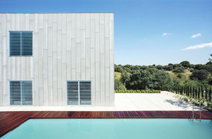 Casa en las rozas madrid juan herreros arquitectos i aki balos posts and madrid - Arquitectos madrid ...