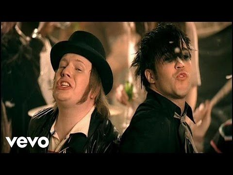 Fall Out Boy - This Ain't A Scene, It's An Arms Race - YouTube