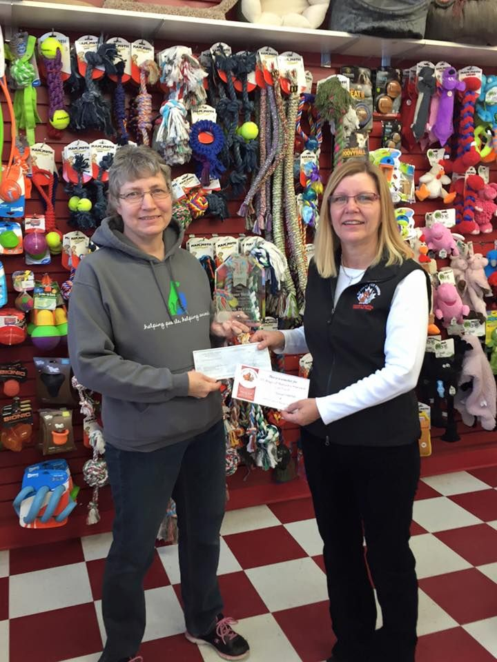 We would like to congratulate Susan Hertel, who was 1 of the 4 people that received the Heroic Heart Pet Service Award for Outstanding Pet Volunteer.  Susan spends a lot of time to care for pets and does a lot of work with the Alberta Spay and Neuter Task Force.  #HeroicHeart