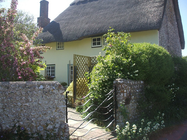 70 best Gorgeous Chocolate Box Cottages images on Pinterest
