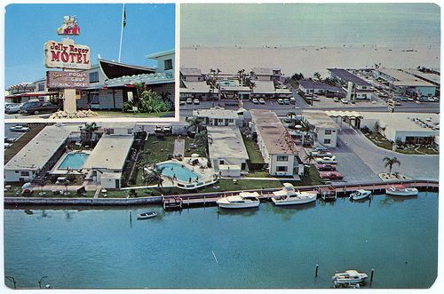 Jolly roger motel boatel 11525 gulf boulevard treasure for Fishing treasure island florida