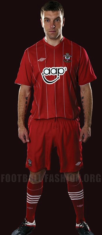 Southampton FC Umbro 2012/13 Home and Away Kits