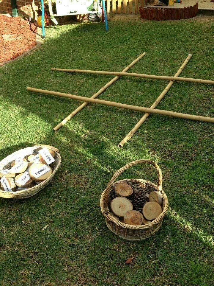 Puzzles family day care - ourdoor tic tac toe with natural materials and/or names