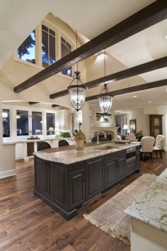 KitchenCeilings Beams, Kitchens Design, Dreams Kitchens, Lights Fixtures, Exposed Beams, Expo Beams, High Ceilings, Open Kitchens, Wood Beams