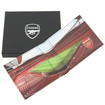 ARSENAL Leather Wallet. Embossed Crest on the front with Panoramic Stadium picture inside. Official Licensed Arsenal Leather Wallet. FREE DELIVERY INCLUDED