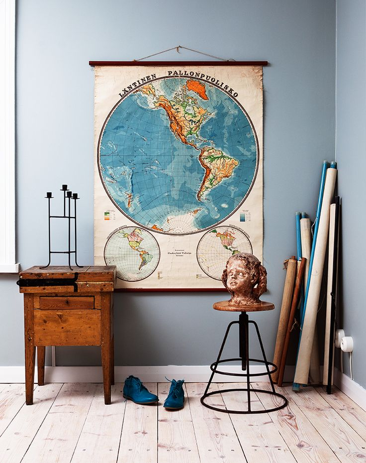 Vintagesisustusta.  www.orankivintage.com  #orankivintage #vintage #sisustus #huonekalut #furniture #industrial #teollisuus #midcentury #antiques #antiikki #untiques #untiikki #helsinki #koti #furniture #home #sisustusliike #interiordesign #interior #interiors #homedecor #schoolmaps #schoolmap #koulukartta #kartta #vanha #old