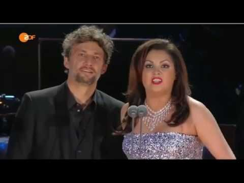 Anna Netrebko and Jonas Kaufmann sing Tonight, Tonight