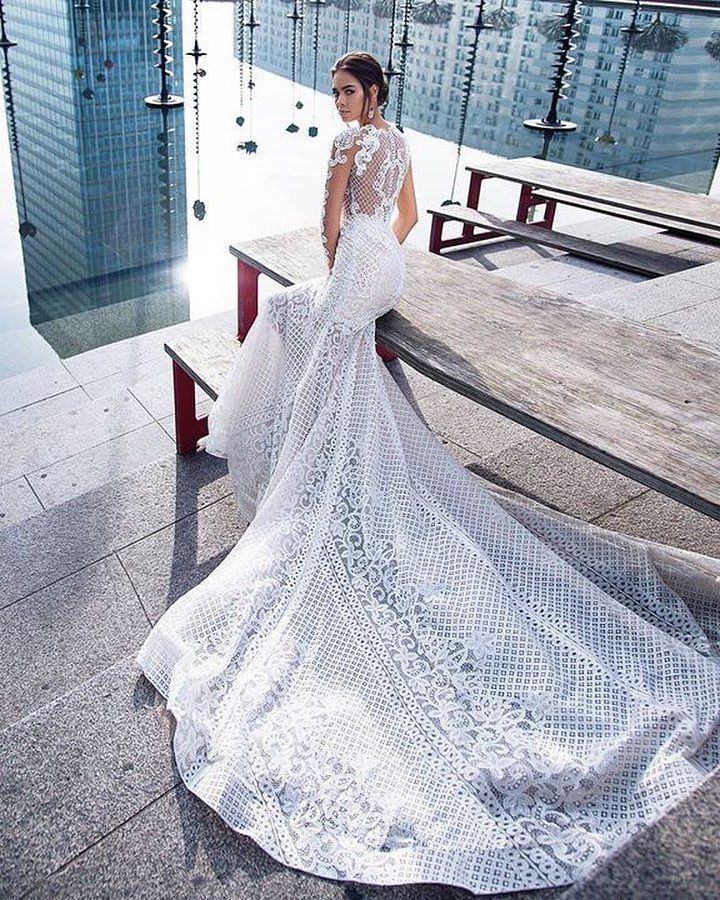 Amazing gowns for amazing brides! Explore our collections in link in bio  #primalicia #weddingdress #brides #designer #bridal #gown #weddings