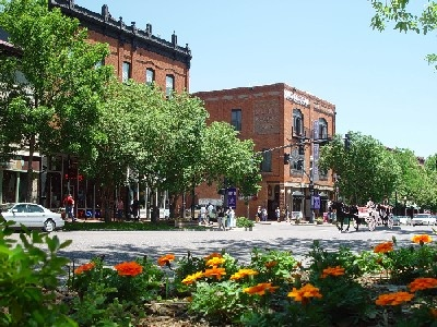 Historic Old Colorado City - With over 100 fine galleries, specialty shops, boutiques, restaurants and services available, historic Old Colorado City has it all.  Our tree lined streets beckon you to stroll and enjoy the largest concentration of independent retail establishments in Colorado Springs.2 Miles West of Downtown. Along W. Colorado Avenue, Colorado Springs, CO, USA