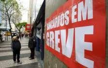 Greve dos bancários continua após reunião com Fenaban