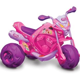 Moto Elétrica Infantil Bandeirante - EL 6V Pricesas Disney, diversão para sua filha.    No tamanho que faltava e com os personagens que fazem a alegria da criançada.