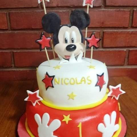 #Mickey #Fondant #cake by Volován Productos  #Disney #instacake #Chile #puq #VolovanProductos #Cakes #Cakestagram #SweetCake