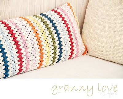 Amazing! I was 'accidently' making a cushion like this without having seen this picture!