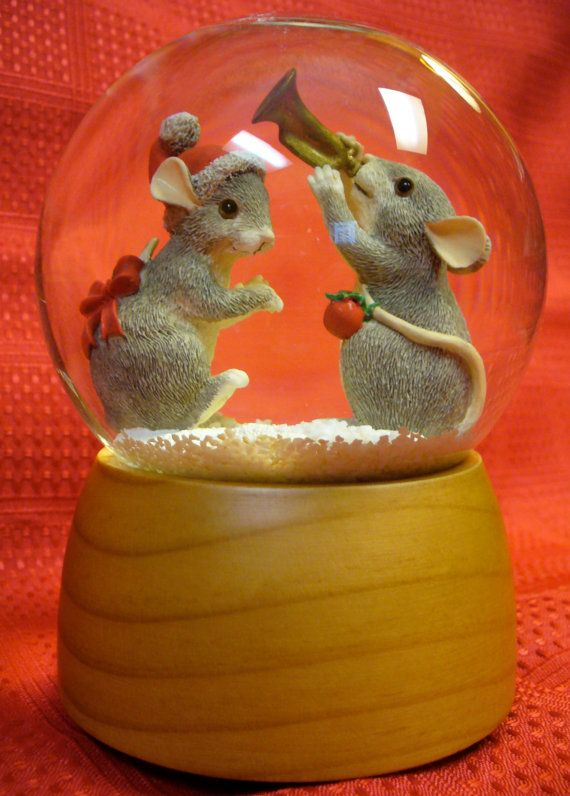 """Christmas Collectible Charming Tails Musical Snow Globe Fitz and Floyd """"We wish you a merry Christmas"""""""