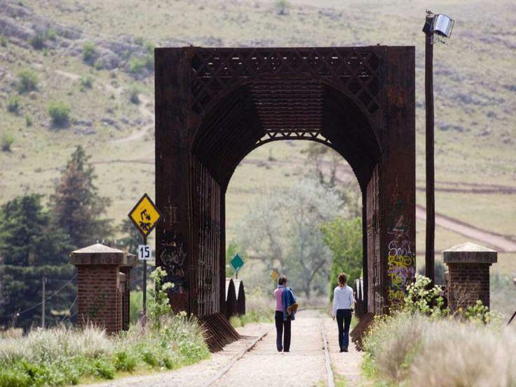 Buenos Aires - Sierra de la Ventana, Puente Ferroviario, Más info de viajes en www.facebook.com/viajaportupais