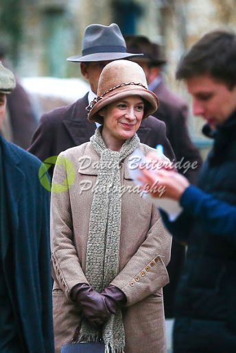 downtonluvr: 197863451: Raquel Cassidy and Kevin Doyle filming...
