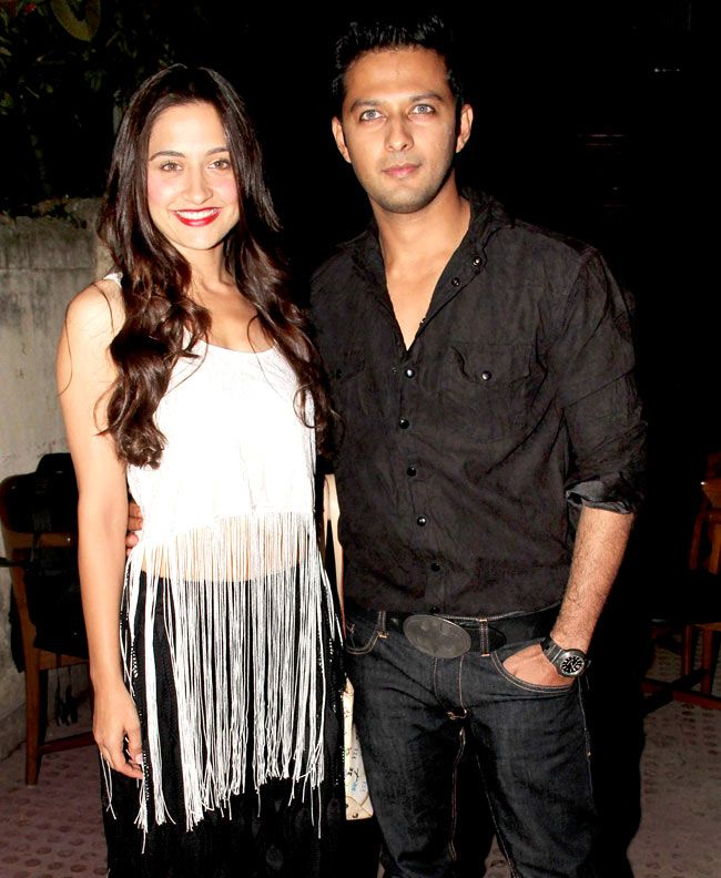 Sanjeeda Sheikh and Vatsal Seth at 'Ek Hasina Thi' premiere. #Style #Bollywood #Fashion #Beauty