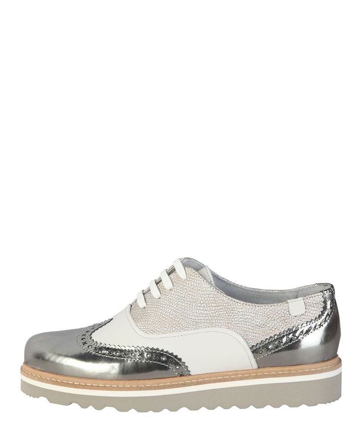 Spring-Summer collection- Lace-up shoes for women- Upper: leather and  nappa- Inner: leather- Sole: rubber- Oxford shoe extra-light
