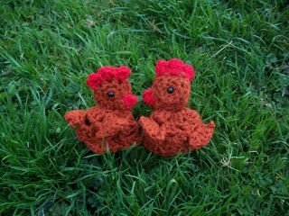 Lucy 'In the sky': Crochet 'Granny Chic' Chicken - Free Pattern