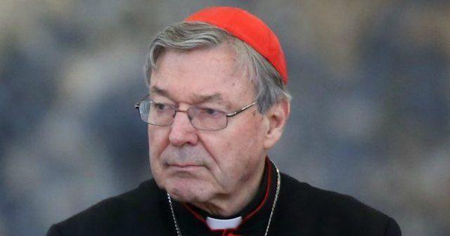 Κατηγορίες σεξουαλικών εγκλημάτων στον ΥΠΟΙΚ του Βατικανού: Σε δικαστήριο στην πατρίδα του Αυστραλία εμφανίστηκε χθες για πρώτη φορά ο…