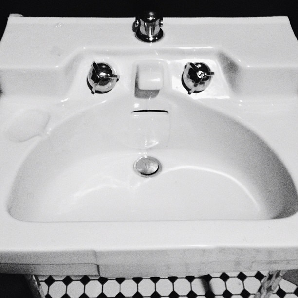 Sink face :)  I HAVE this sink and thought the same thing!! Ha ha ha!!