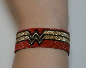 Wonder Woman NYCC Sparkling Japanese seed bead bracelet in Blue Gold and Red Comic Con SDCC