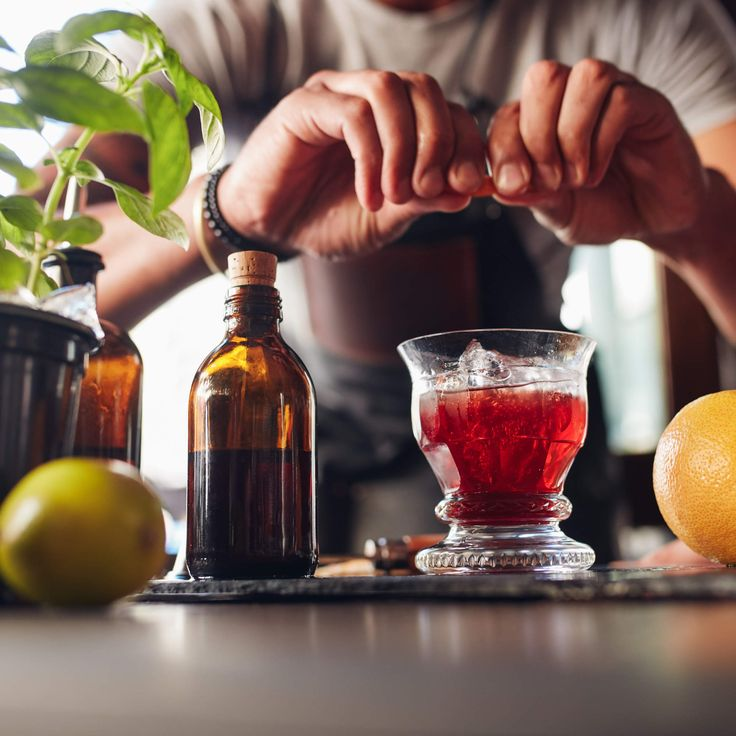 Bartenders Reveal the Underrated Summer Drinks You Should Be Drinking
