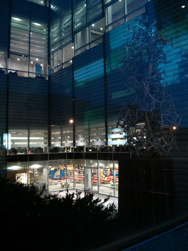 Montreal's Grande Bibliothèque