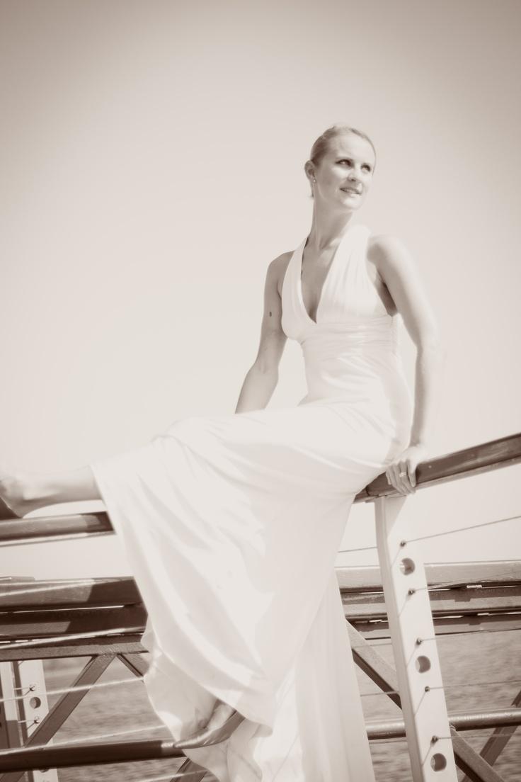 Unconventional bride. BlueCicada Photography.: Unconvent Bride, Unconv Bride