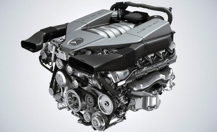 6.2 Liter 32 Valve V8 engine of the Mercedes-AMG SLS
