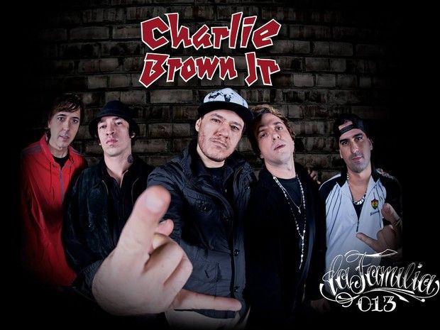 "Estreia exclusiva: Charlie Brown Jr. - ""La Familia 013"" - TMDQA!"