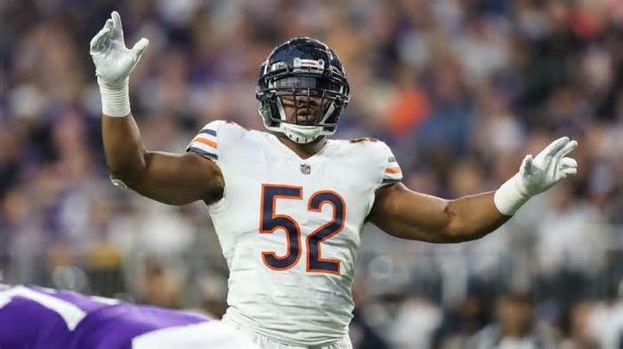 Khalil Mack Would Finally Like To Clarify His Quote About Pooping Dogs Quotes Quotenews News Viraldevi Pinned From Octo Nfl Odds Nfl Football Predictions