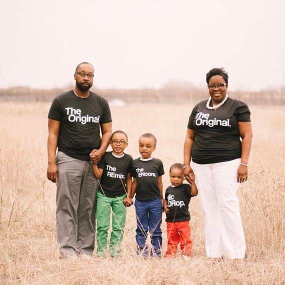Magliette di famiglia uguali. Magliette di famiglia uguali.