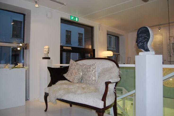 Please visit www.galleimarkvei... Address: Galleri Markveien, Markveien 28, 0554 OSLO/Norway Follow us on Facebook, Instagram and Twitter