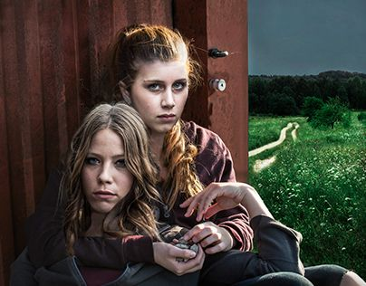 "Check out new work on my @Behance portfolio: ""Hundeliv - Movie Poster Design"" http://on.be.net/1JtotVy"