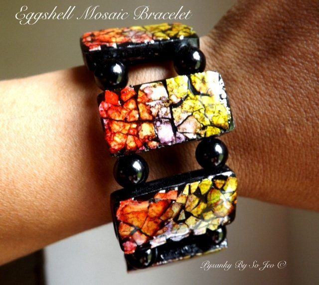 Chili Pepper, Purple and Lettuce Green Stretch Bracelet Eggshell Mosaic Jewelry by So Jeo