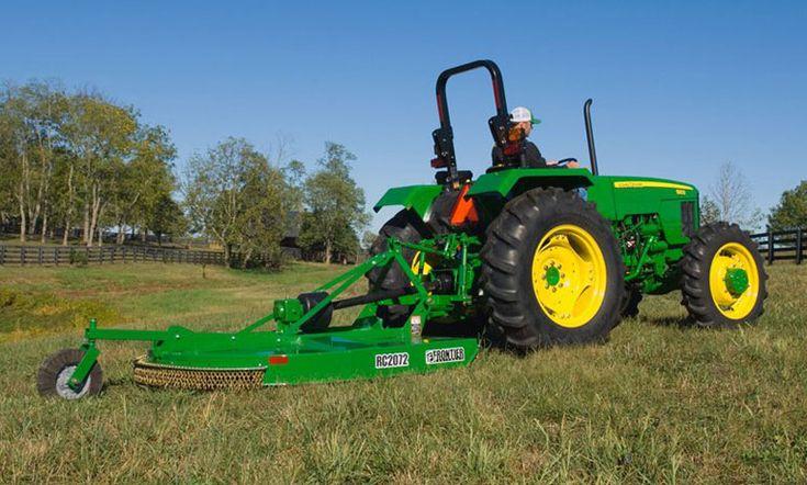 John Deere Frontier mower 479560_mowing_762x458
