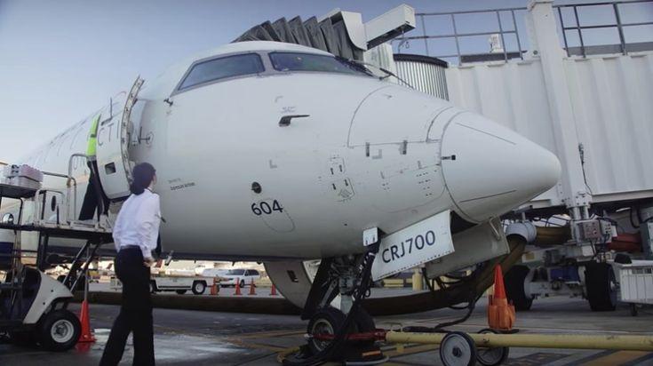 Alaska Air unveils Spirit of the Islands Boeing 737