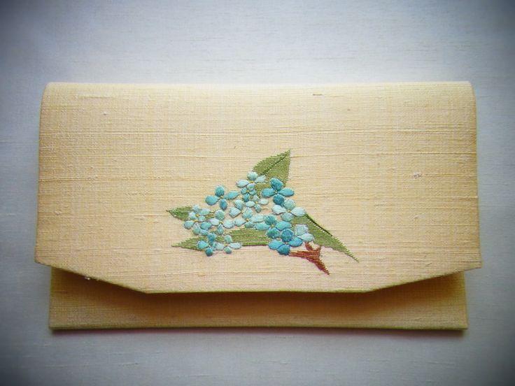 侍Art:伝統工芸 ― 日本刺繍作家 齋藤 明、懐紙入れ(あじさい)