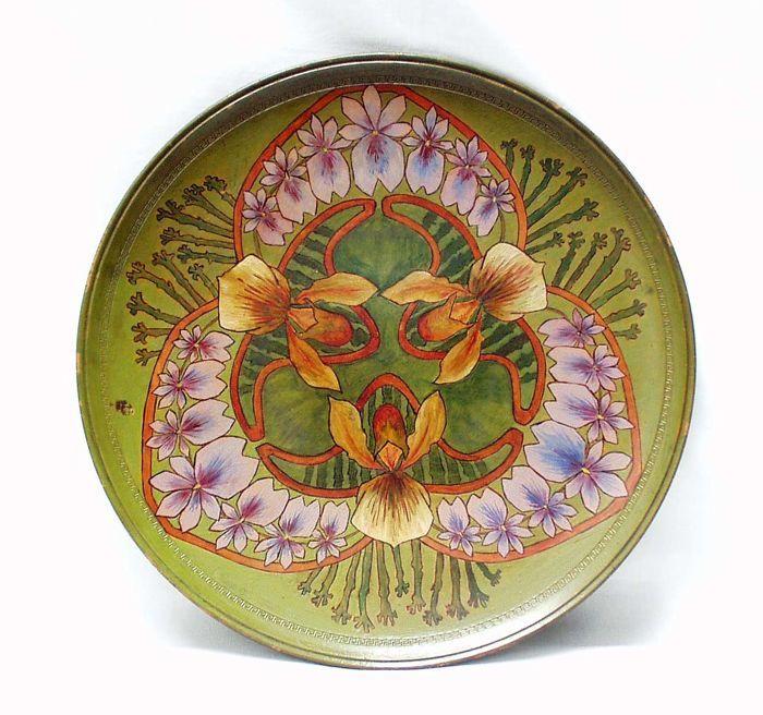 Catawiki online auction house: P. Ipsen, Copenhagen - Art Nouveau polychrome pottery decorative plate