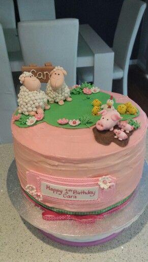 Farmyard Birthday cake.