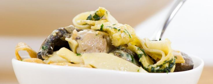Garlic Chicken and Chive Fettuccine