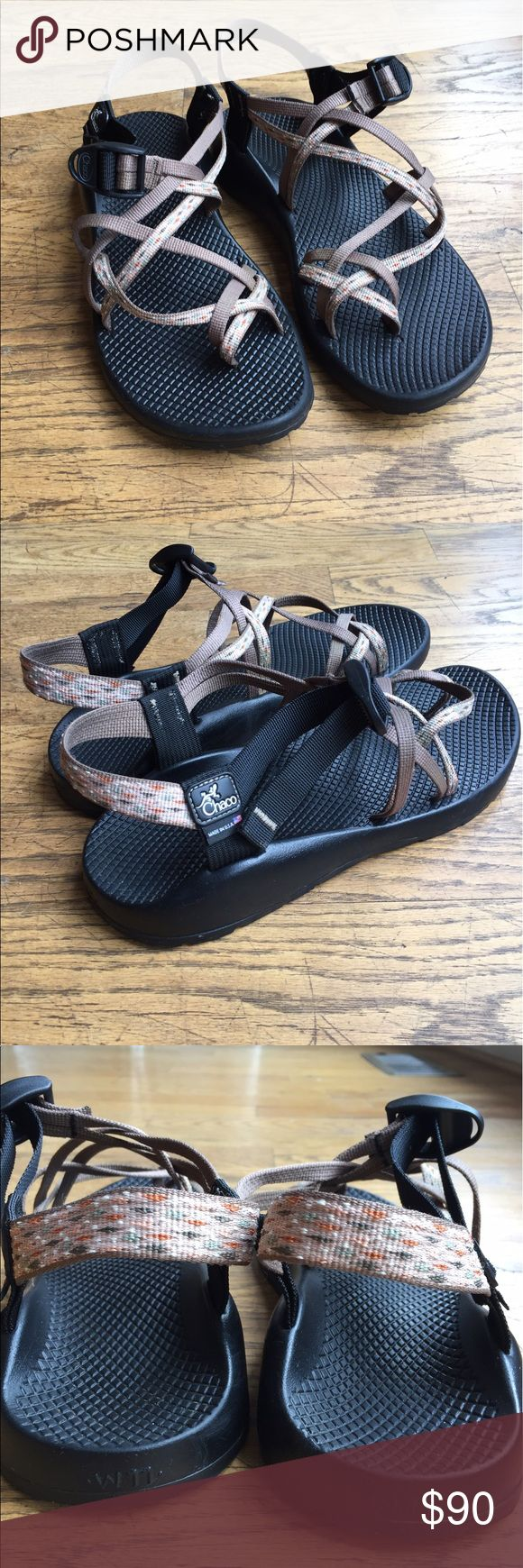Women's Chacos - ZX/2 Colorado ZX/2 Colorado - size 11 - worn maybe 5 times. Excellent condition - color is Retro Cabin (black soles, khaki and khaki patterned double strapping). Chaco Shoes Sandals
