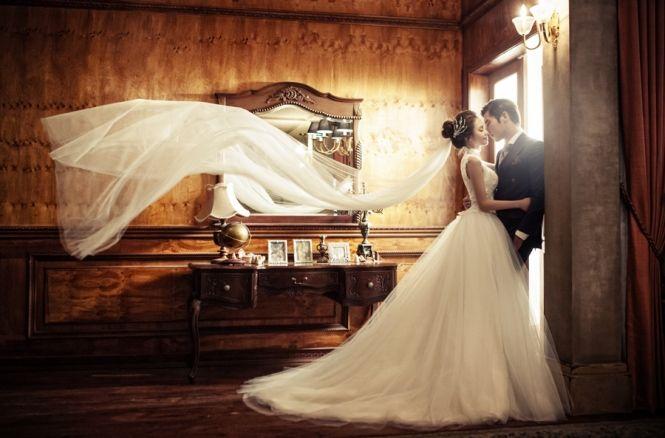 Utterly romantic studio pre-wedding session