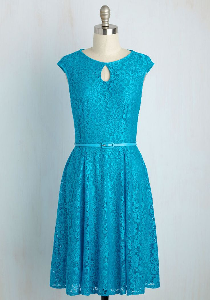Splendid Entrance Dress in Turquoise