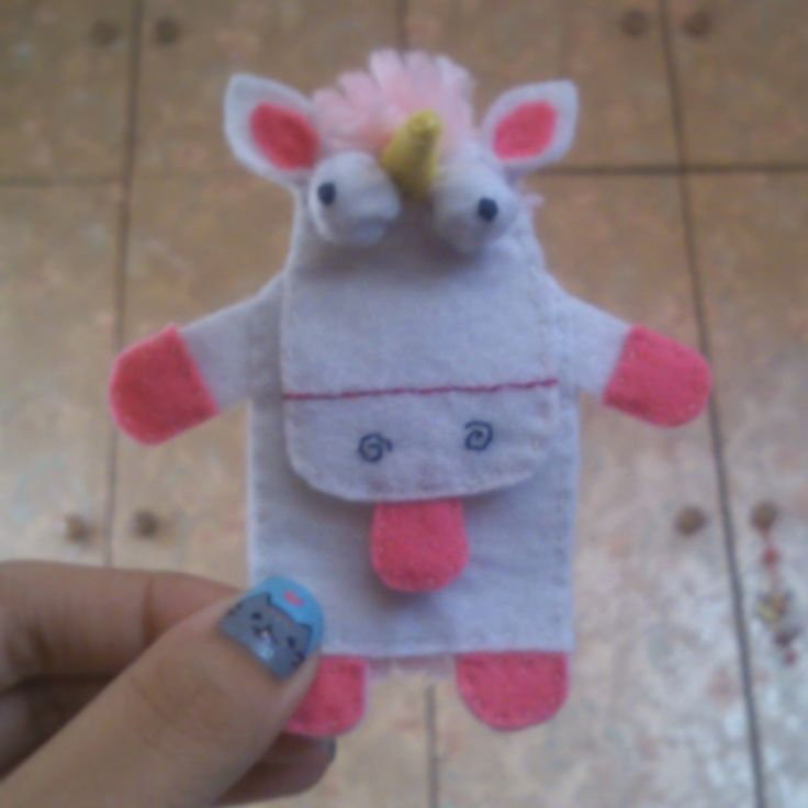 Toy Car Holder Tutorial : Despicable me unicorn toy felt headphone holder for