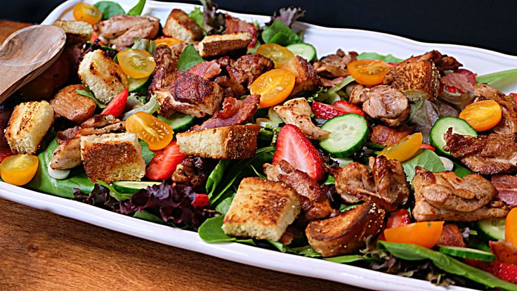 Chicken Salad with Croutons and Bacon - Add Italian flair to your salad with these delicious homemade croutons!